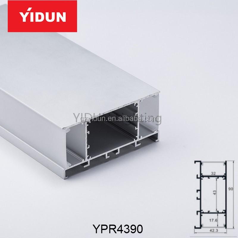 YPR43902.jpg