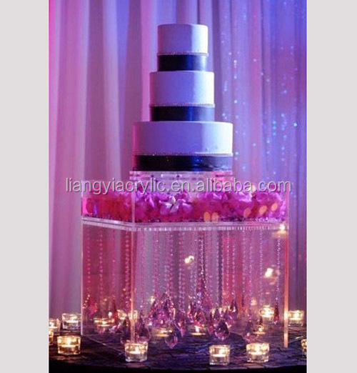 Modern and beautiful transparent acrylic cake table