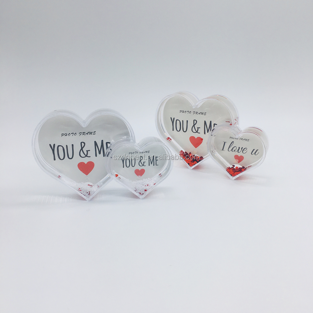 heart shape plastic glitter snow globe with photo frame for wedding souvenir