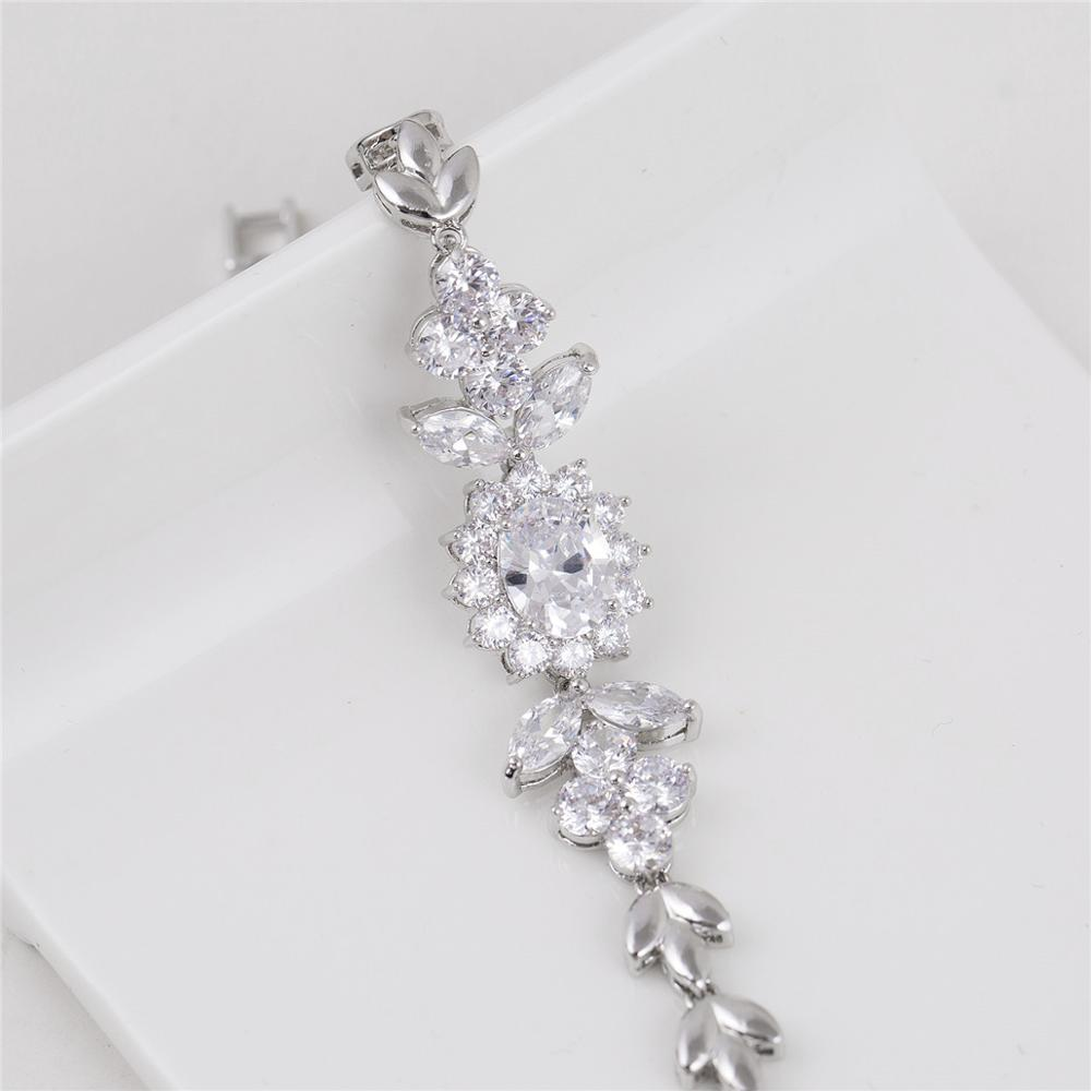 Fashion Perhiasan Wanita Terbaru Pesona Gelang Emas Putih Model Model Baru Kristal Gelang Untuk Wanita Hadiah Buy Gelang Gelang Emas Putih Hadiah