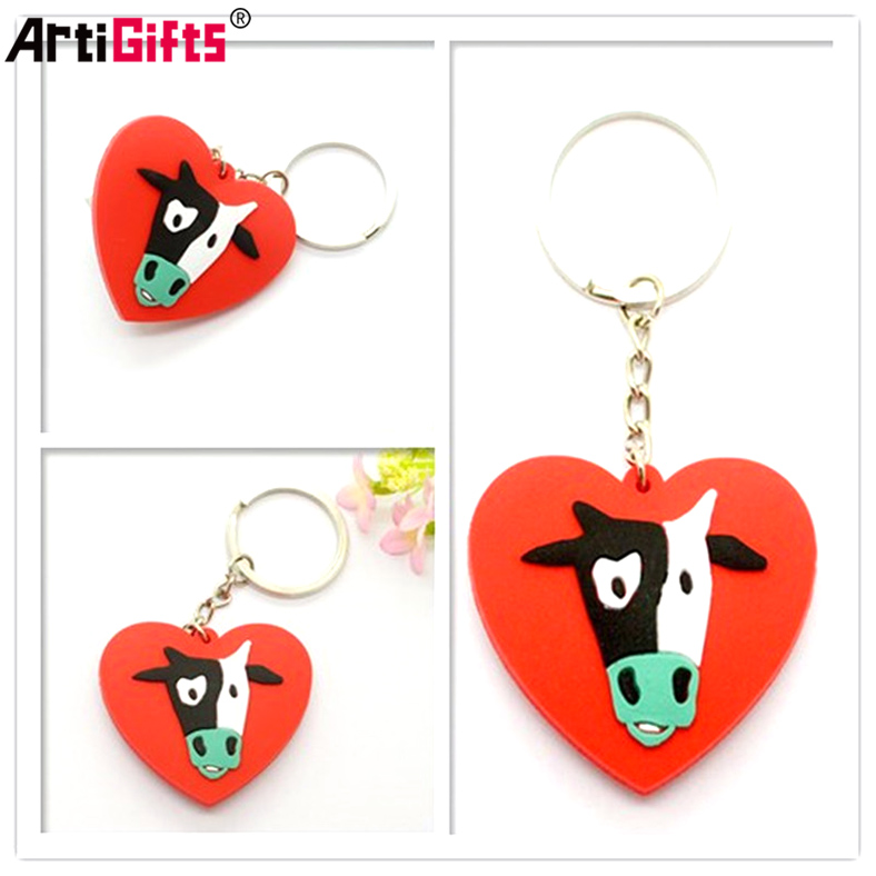 Custom design Promotional heart shape rubber soft pvc keyring keychain