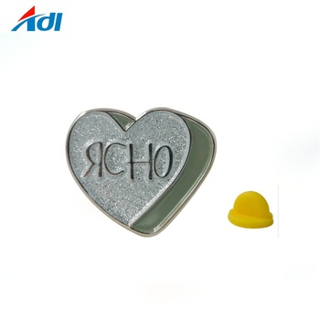 New Custom Metal Heart shaped Badges with Souvenir logo lapel Pins