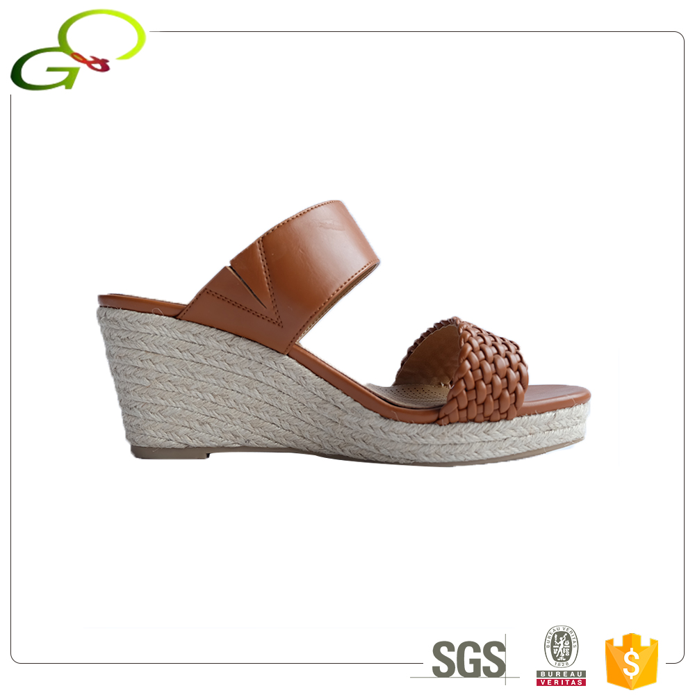 C012 New fashion wholesale Rubber low price ladies wedges sandals