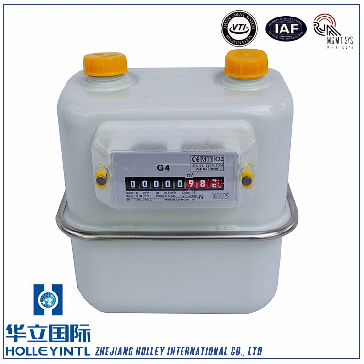 360 degree rotating valve and valve seat made of advanced PF synthetic resin compact gas meter