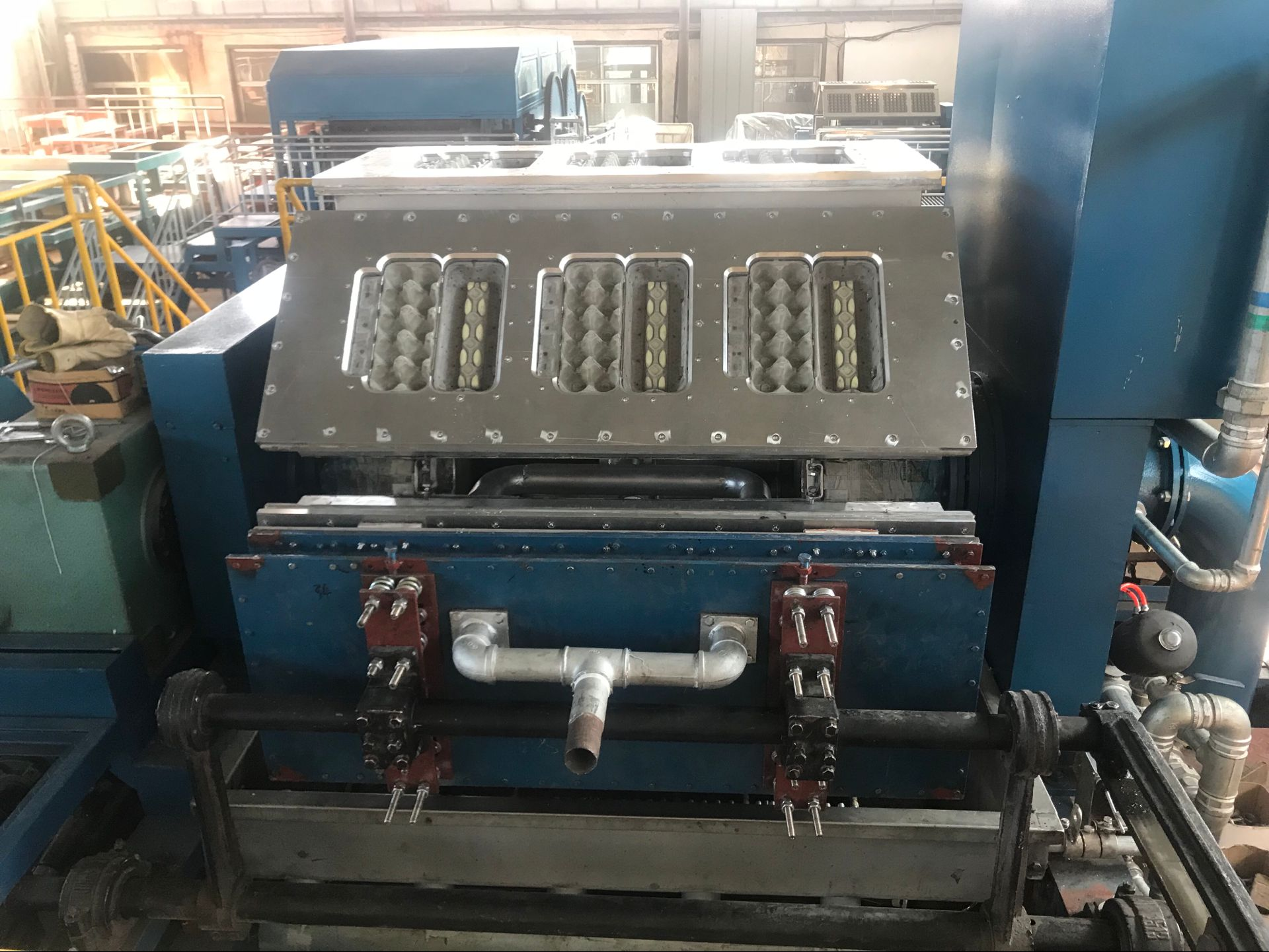 2020 новые индивидуальные полностью автоматическая роликовая машина для производства картонных поддонов для яиц