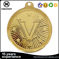 personalized custom unique casting flat shiny effect embossed iron brass zinc alloy gold plated sport medal with ribbon