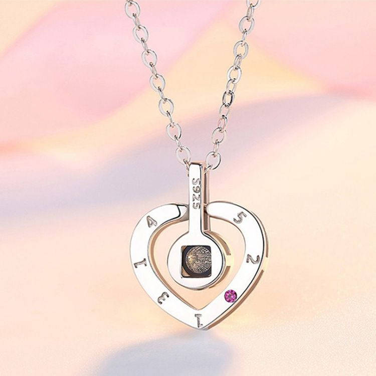 Fashion Accessories Stainless Steel 100 Languages I Love You Love 520 Pendant Projection Chain Necklace Women Bisuteria