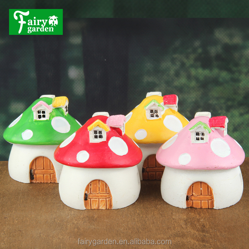 beautiful mini red and Pink and green and yellow mushroom house made of <strong>resin</strong> for garden decoration