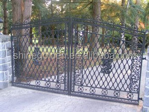 GYD-15G0176 Cast iron lion decorations wrought iron main gate