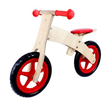 2017 Wholesale Lovely Wooden Kids Cartoon Wooden Bicycle Balance Bike