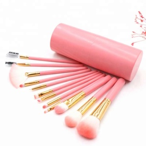 2018 Wholesale High Quality Cosmetic Tools 12pcs Private Label New Makeup Brush Set With Plastic Holder