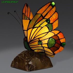 New butterfly design for tiffany style stained glass table lamp from factory