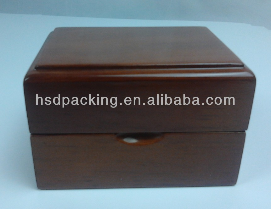custom wooden jewellery box with glossy finishing