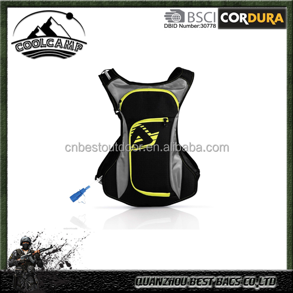 2L Hiking Camping Hydration Drink Camel Pack Tool Bag Black