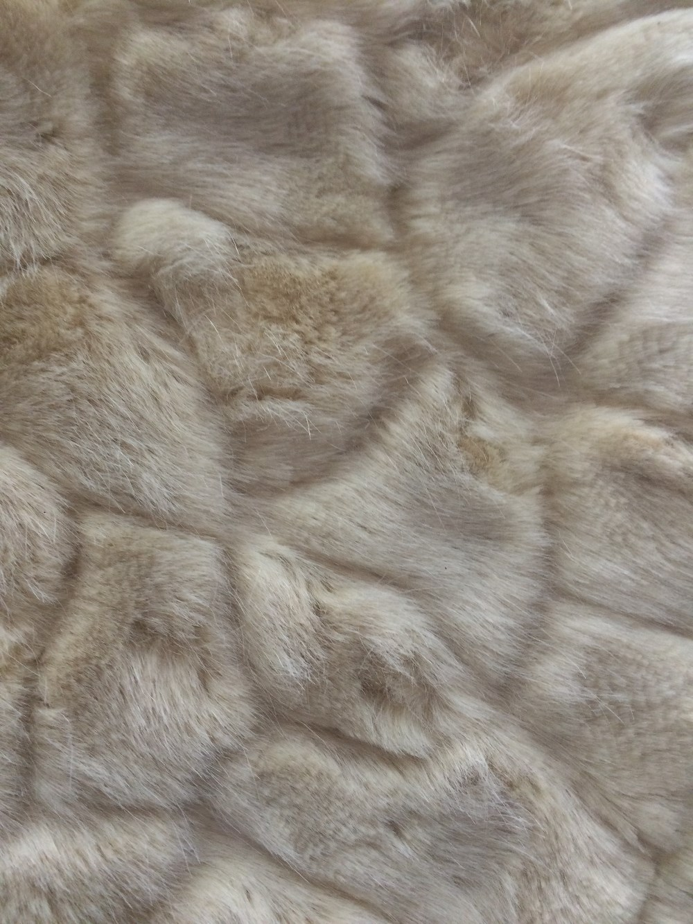 Pressed two-tone fake fur fabric design with high quality