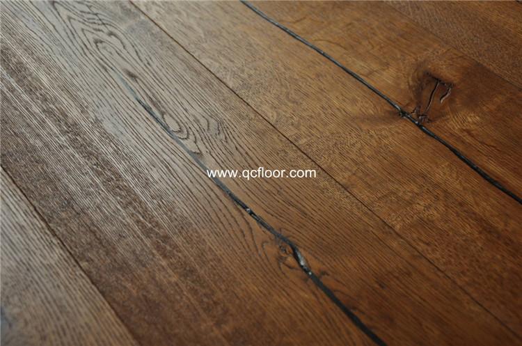 Rustiek Eiken Vloer : Rustiek massief eiken vloer eiken vloeren distressed houten wax olie