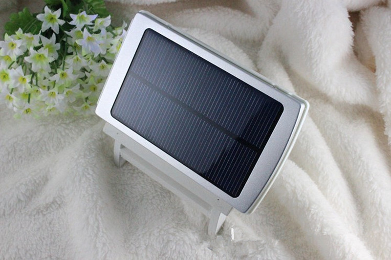 10000mah smart solar power bank with dual usb outputs for digital devices