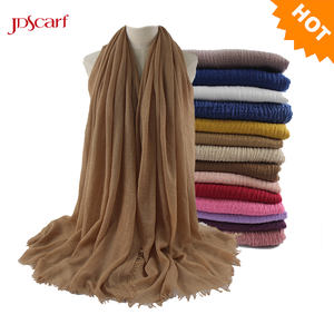 Muslim crinkle plain hijab scarf soft pleated cotton rayon winter women crinkle scarf