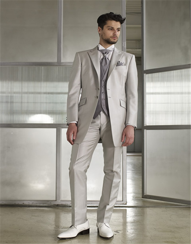 latest Wedding Occasions Custom Made 3PCS Silver Coat Pant Men Suit