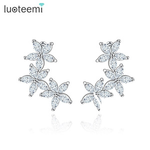 LUOTEEMI Wholesale Luxury White Gold Plated Pure Marquise Cut Diamond Cubic Zirconia Lovely 3pcs Flower Stud