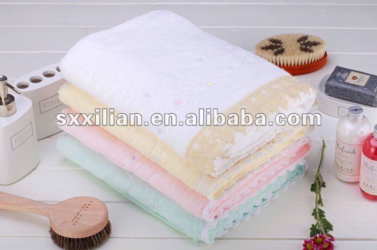 100%cotton embroidery towel/lace edge face towel