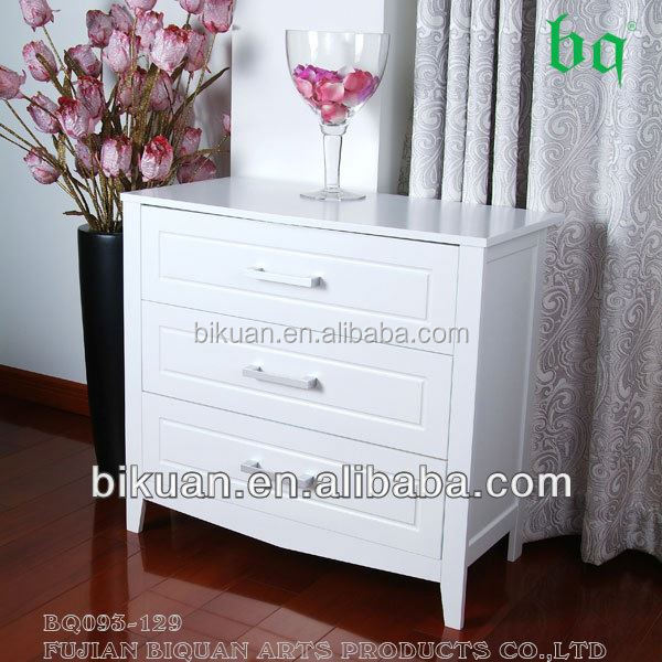 BQ chest with woven drawers