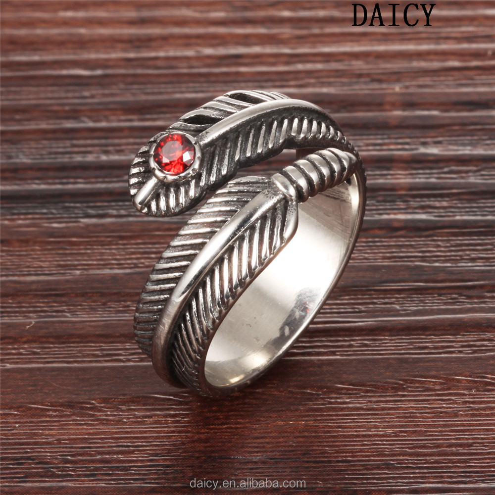 DAICY 2017 new fashion men's feather red zircon 316l surgical stainless steel ring