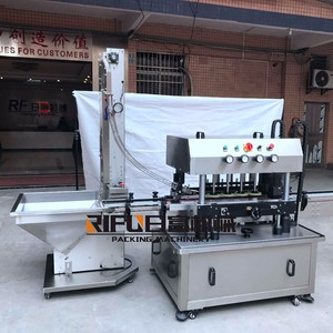 Automatic linear type screw capper