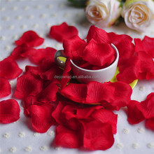 Decoration colourful rose petal for wedding