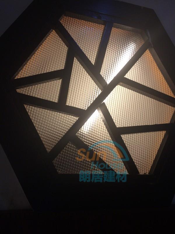 trasparente colorate ondulate di plastica in polistirolo pannelli ...
