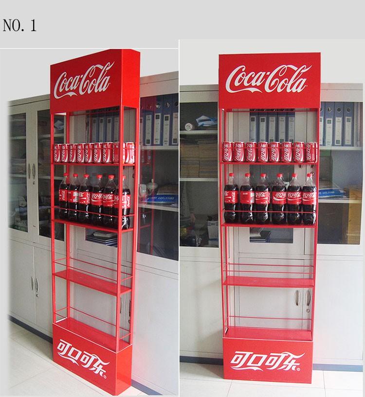 Supermarkt Kleine Lebensmittel Und Getränke Regale Hängenden Display ...