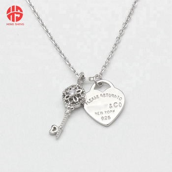 2018 Newest Replica Jewelry Design 925 Silver Key with CZ And Engraved Heart Locket Charm Pendant Necklace