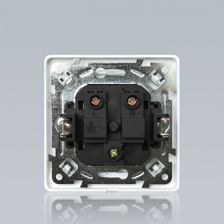 250v Germany Style 13a Glass Wall Electrical Plug Socket Unique Design