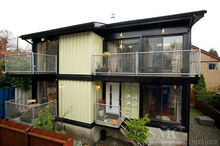 Container House Villa / Resort