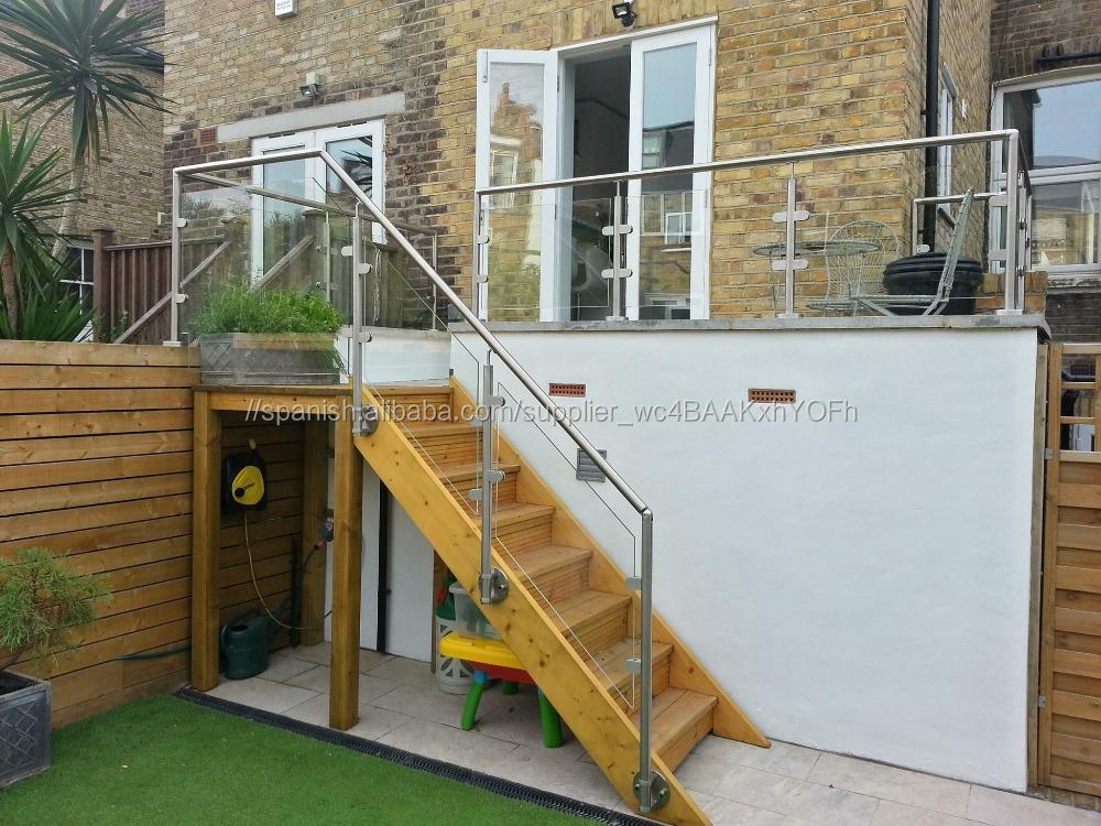 Barandilla de vidrio de aluminio para terraza jard n for Barandillas de cristal para terrazas