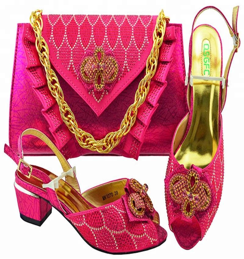 0009ee50c25a7 2018 nuevo diseño italiano fucsia zapatos y bolsos al Encuentro de las  mujeres africanas zapatos y