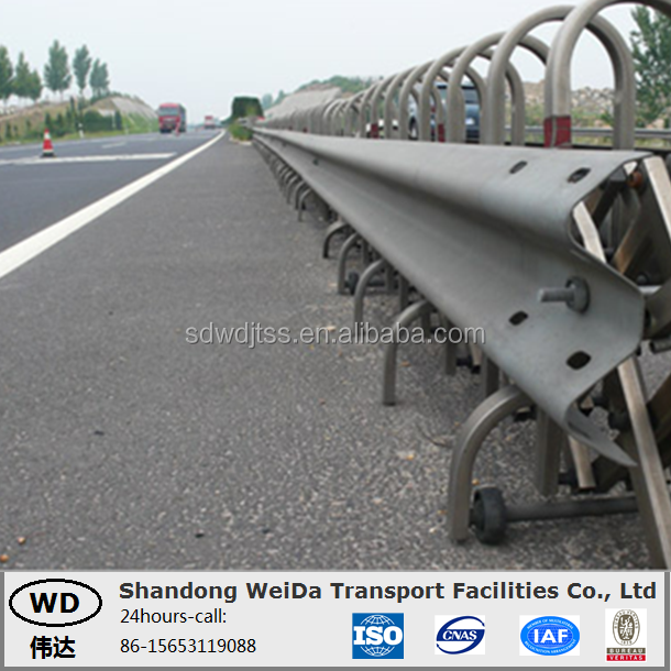 Flex Steel w beam Crash Barrier used for road safety