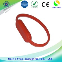 Manufacturer Supplier silicone slap usb wristband hot selling 2017