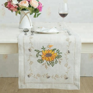 LongShow New Design Water soluble lace cross stitch Embroidered table cloth