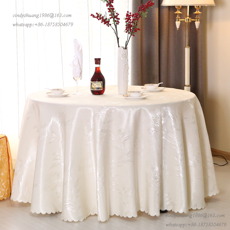 Luxury 132 Inch Round Restaurant Linen Table Cover White