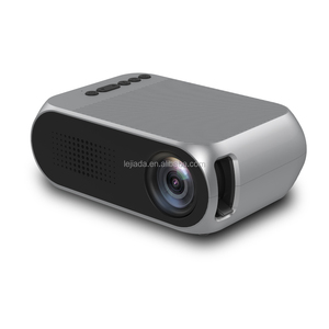 Shenzhen New protable YG320 family mini LED projector resolution 320 * 240 portable pocket projector