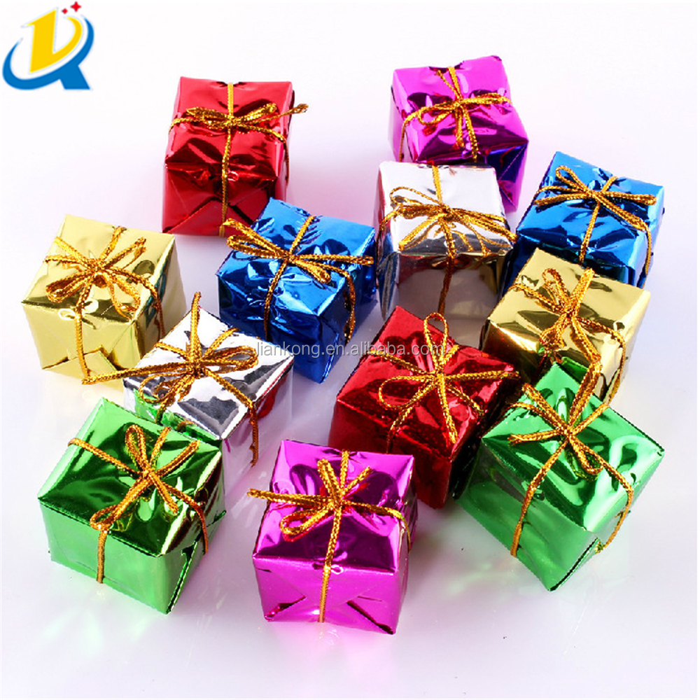 Popular wholesale high quality small cute Christmas tree decoration
