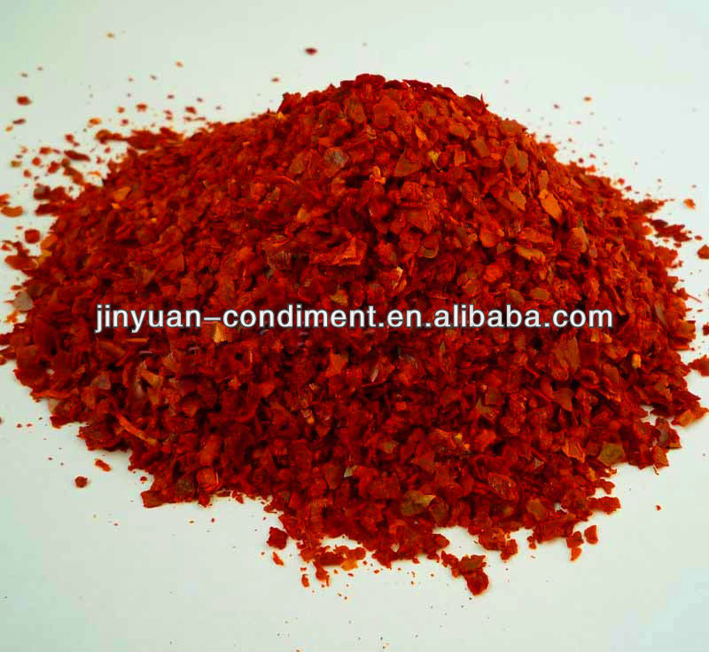 Dry Red Chilli Crushed with Seeds
