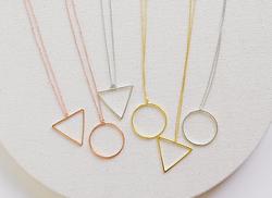 58a705fabf3e Artificial de la manera rose oro y rodio círculo y triángulo conectado  COLLAR COLGANTE para las mujeres-Collares -Identificación del ...