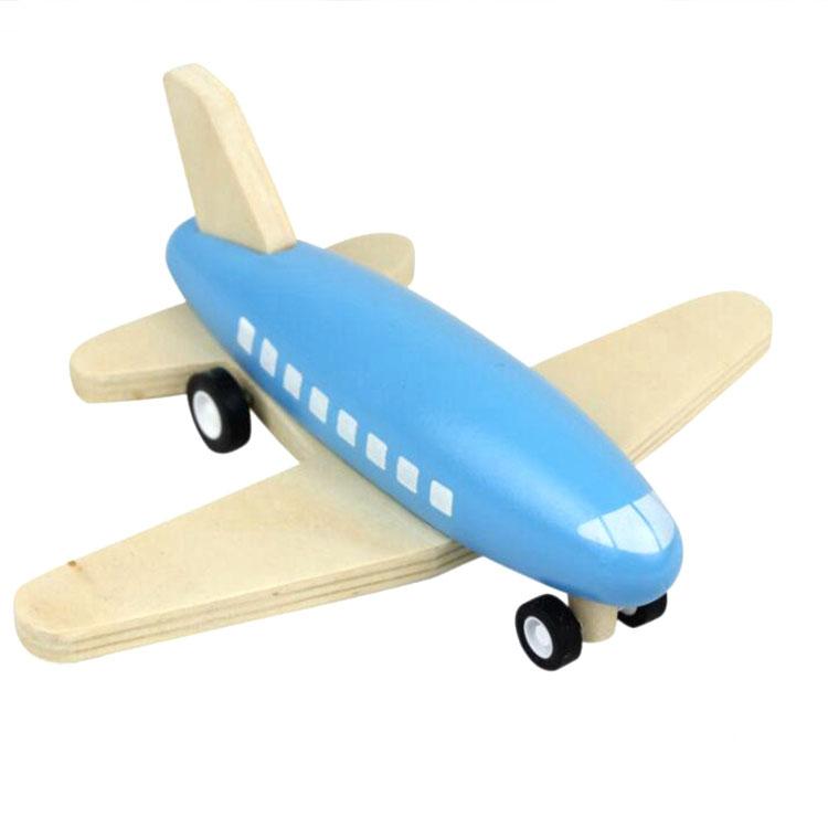 как раскрасить деревянный в картинках самолетик так