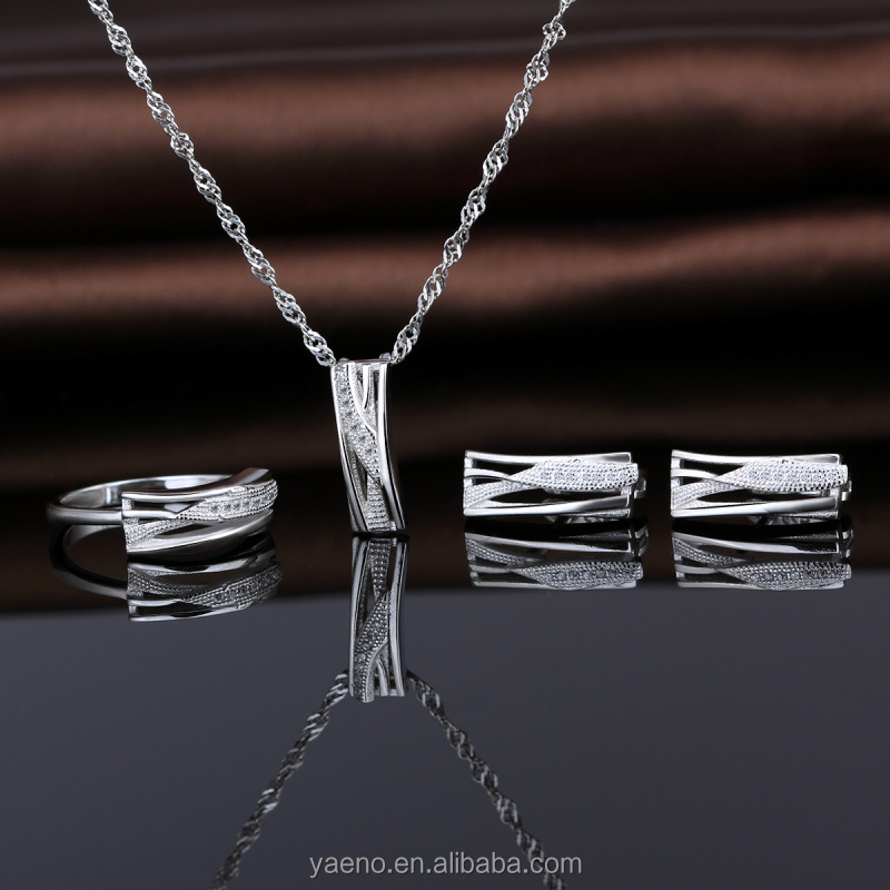 Yaeno Factory Direct Sale Fashion Jewelry 925 Silver Clear CZ 3 PCS Necklace Set