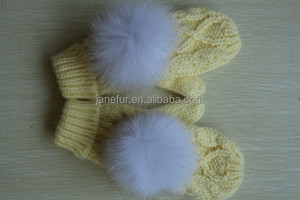 Yellow children's plush mittens and gloves/cheap cute fashion winter warm mittens gloves