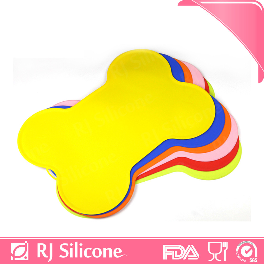 RJSILICONE FDA Grade Silicone No Spilled pet food sheet dog & cat mats