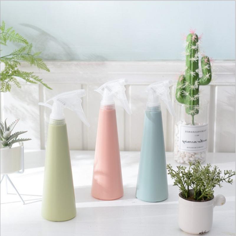 Nordic حلوى لون بخاخ بلاستيكي زجاجة رأس بخاخة الضغط باليد البلاستيك زجاجة لرش المياه