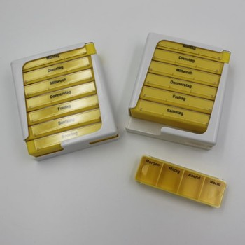 28 Compartments 7 Days Plastic Pill Box